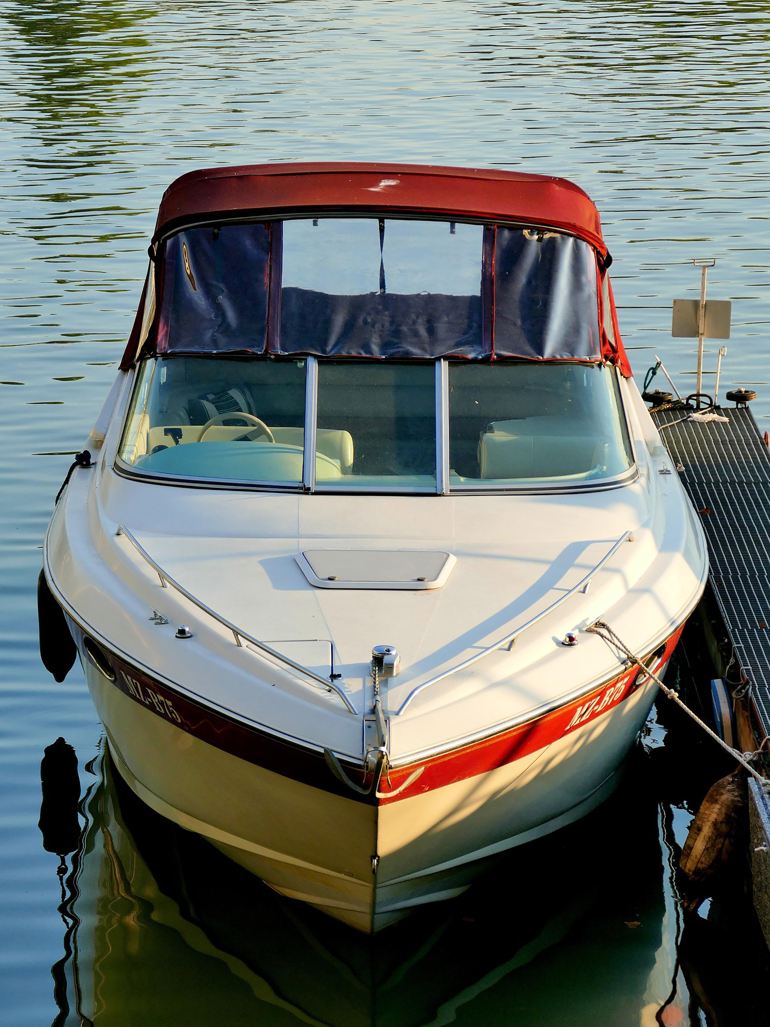 boat-1687092_1920